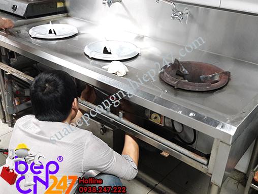 sửa bếp á công nghiệp
